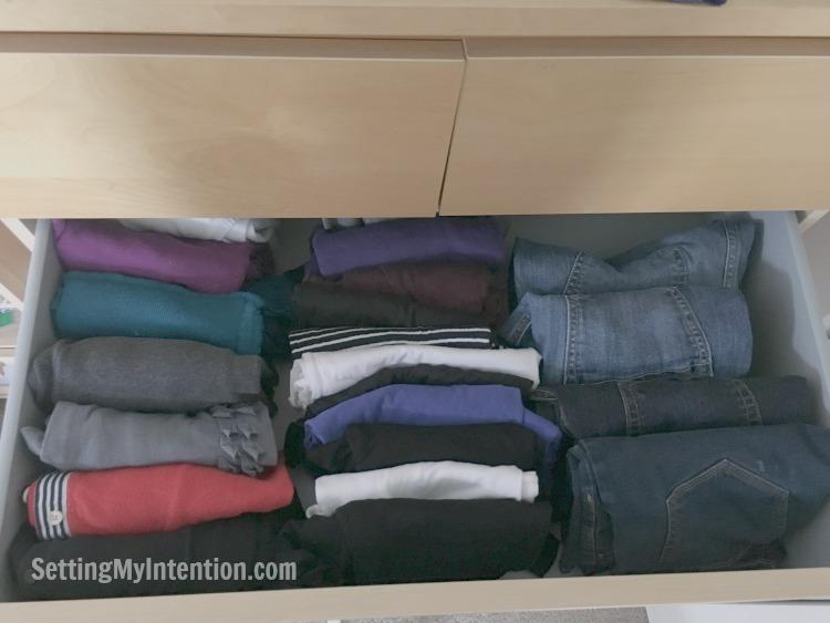 Fall capsule wardrobe dresser