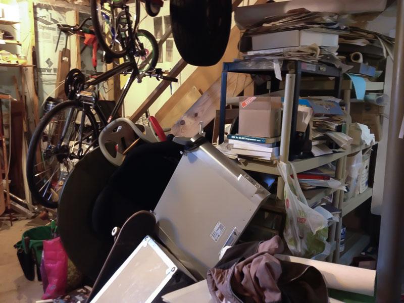 basement-clutter