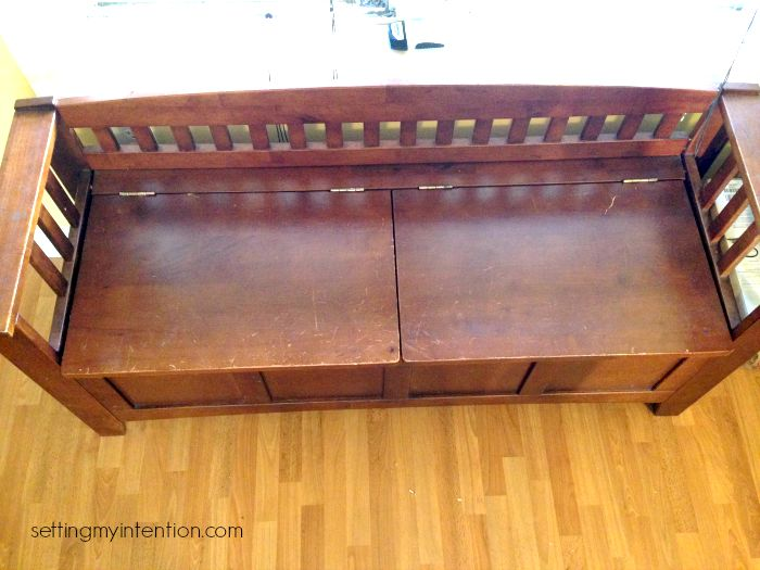 declutter your home storage bench after