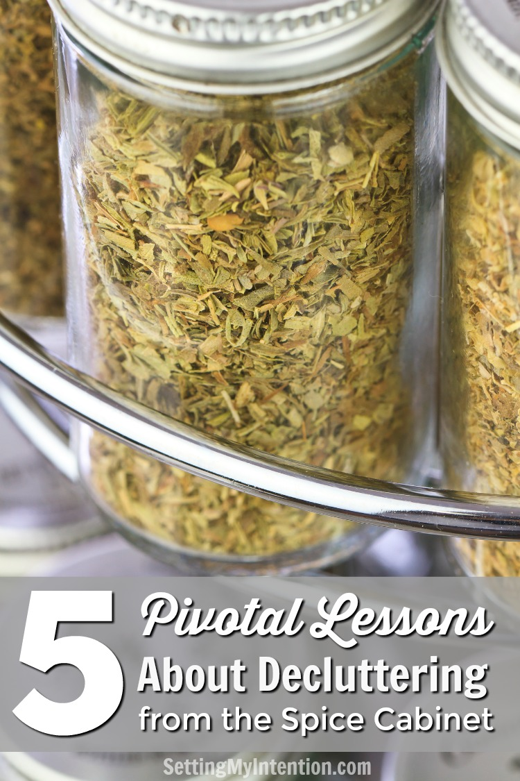 Who knew decluttering the spice rack could remind you of important decluttering principles! Here are 5 pivotal lessons I was reminded of while editing spices!