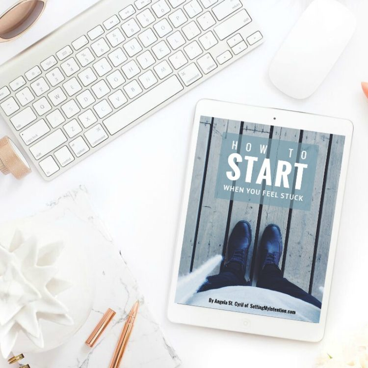 Flatlay for eBook How to Start When You Feel Stuck